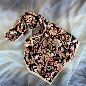 Accessories - Large Floral scarf